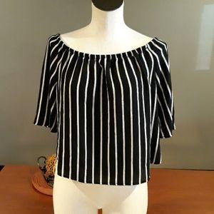 Like New Ambiance Black/White Stripe Top